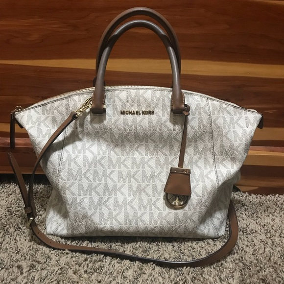 0ba7cb0364a1 Michael kors Riley large satchel bag in vanilla. M_5acea6fd2c705d2517184e9b